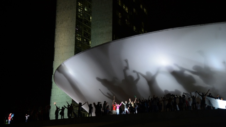 manifestantes em Brasilia